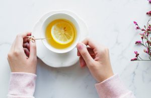 tomar té e infusiones